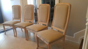 6 High End Italian chairs ready for a makeover