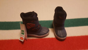 Toddler Cougar Winter Boots - Size 8 - New With Tags