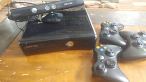 Xbox360 ,with kinetc and 3 consoles