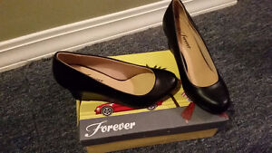 Brand New Womens Black Wedge Shoes Size 6