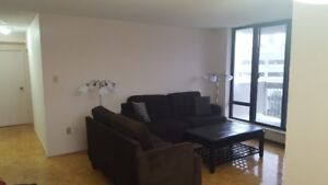 650 One room in a two bedroom apartment. Sheppard Ave & Markham