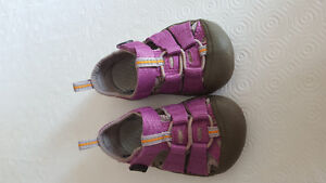 Sandales Keen taille 4/21