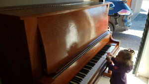 Heintzman Cabinet Grand Upright Piano