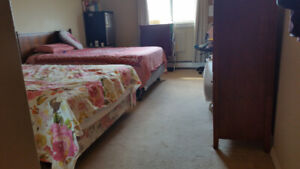 Room 4 Rent May 1 for female YP/college or co-op students