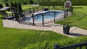 Domaine à vendre avec garage double et piscine creusée