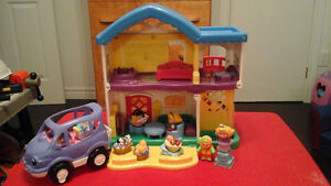 Maison et voiture fisher price little People
