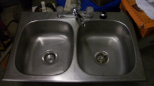 double sink and taps