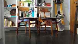 2 chaises en teck Hans J.Wegner teak chair