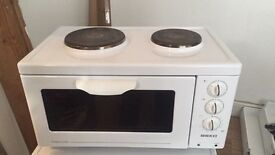 BEKO Compact Cooker + 2 Hobs + Grill / Cooker