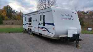 For sale 29n jayco featherlite trailer