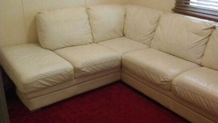 100% leather corner lounge suite $450.00 Lismore Heights Lismore Area Preview