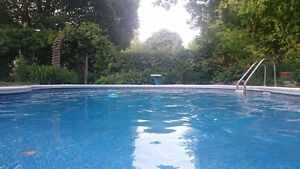 1 Room in mid-upperscale home with pool for Summer sublet