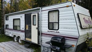REDUCED..RV Travel Trailer - 28 foot