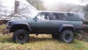 1987 Toyota 4runner with removable roof