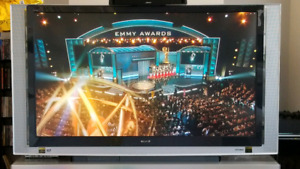 """SONY 70"""" LCD Cost $7000 Selling $1250 XBR TV +Stand Offers!!!"""
