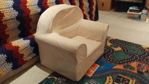 Toddler Foam Chair with zip off fleece cover (for easy washing)