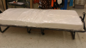 Single size ROLLING COTS! HOT BUY!!