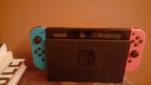 Like new ! Nintendo switch 4 sale REDUCED 250$
