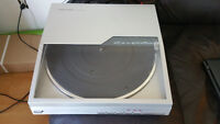 Realistic LAB 1500 automatic turntable/ table tournante