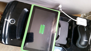 LILLYPAD QUAD-CORE 8GB KIDS TABLET WITH USB & WALL CHARGER!