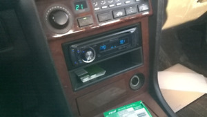 Pioneer Car stereo with 4 Pioneer speakers