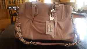 Authentic Pink Leather COACH purse in excellent condition Kitchener / Waterloo Kitchener Area image 1