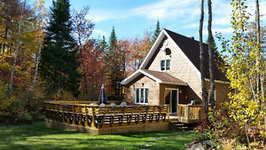 House Cottage for rent in Sainte-Marguerite-Du-Lac-Masson