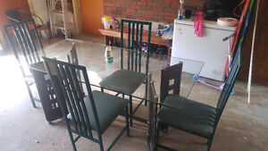 Kitchen table 6 chairs $75