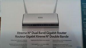 Routeur D-Link DIR-825 et DIR 655