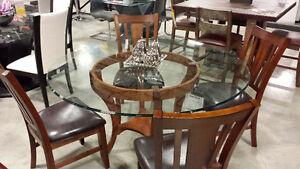 """Table de cuisine en vitre 60"""" avec base en bois massif"""