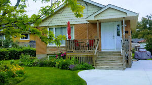 Charming 3 Bedroom Home - Central January 1st