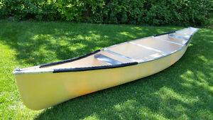 Square back Canoe