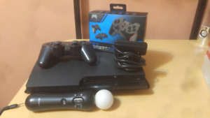 Selling PS3 - 2 controllers - 22 games - Move camera & Joystick