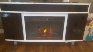 Entertainment/fireplace (bluetooth)