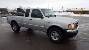 2004 Ford Ranger 4X4 KING KAB , TRES PROPRE
