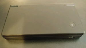 NINTENDO DSI SYSTEM WITH CAMERA