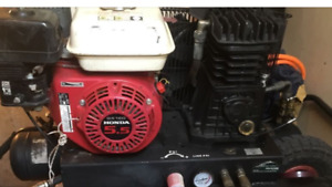 Hitachi 5.5hp gas compressor