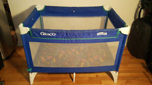 Graco Pack N Play Playpen / Parc pour bébé LACHINE