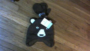Boys Carters 12-24 Month Hat and Mitten Set New