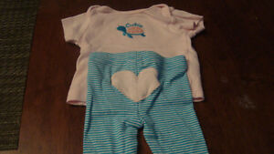 BABY GIRL carter outfits $2.00/each Kitchener / Waterloo Kitchener Area image 1