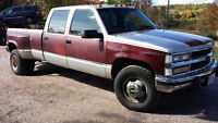 1994 gmc chev 3500 dually with wheel lift