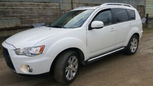 2010 Mitsubishi Outlander XLS full load low kms