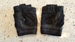 Harbringer pro weight lifting gloves excellent condition