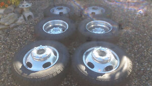 "!!FORD F- 350 DUALLY "" FACTORY ALLOY WHEELS/TIRES $1800.00 !!"