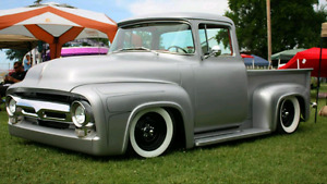 WANTED 1953-1956 F100 TAIL GATE AND RUNNING BOARDS