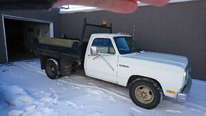 1991 Dodge Power Ram 3500 Dump Truck
