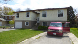 All inclusive close to Waterloo Univ. and shopping for students
