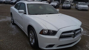 2011 Dodge Charger Sedan   SAVE 2000.00 OFF REG PRICE Edmonton Edmonton Area image 3