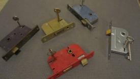 Locks. Working with keys.