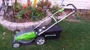 Electric Rearbag Lawnmower